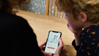 Hälsodigitalen kan ses som något av en digital hälsocentral. Det innebär att den inte ligger på en fysisk plats och att all kommunikation mellan patient och vårdpersonal sker digitalt.