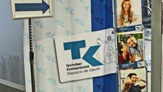 Die TK-Lounge, das Beratungszentrum für alle Fragen rund um Gesundheit und gesunde Lebensweise, im Hörsaalzentrum Halle 17.