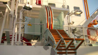 A Cavotec ship-based AMP unit