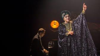 Extrainsatta datum för Lola – avslutar på Rival i Stockholm!