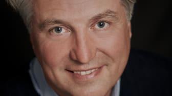 Henrik Schaefer blir ny musikalisk ledare för Folkoperan. Foto: Maurice Lammerts van Buren