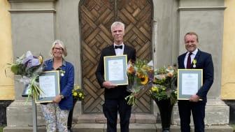 Mottagare av kungliga trädgårdsmedaljer. Från vänsterAnn Richardson, Sten Ahlvin (för Kerstin Ahlvin) och Claes Carlsson