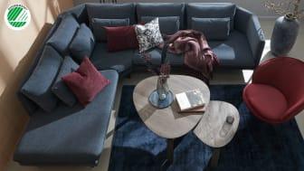 Den elegante Lavello-sofa i den smukke blå farve er den nyeste sofa i vores sortiment, som er Svanemærket. Sofaen fås i flere modeller og farver.