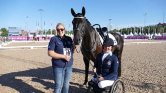 Marie Tulesjö, Häggeby, är nominerad till Årets hästskötare. Foto: Helena Ager