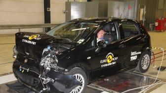 FIAT Punto full width test 2017 - after crash