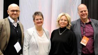 Fredrik Sjömark, Ewa Karlsson Sjölander, Eva Börjesson Öman och Sven-Gösta Pettersson lanserar satsningen 100 förbättringar under socialtjänstens kvalitetsmässa.