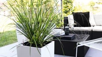 Eleganter Schwarz-Weiß-Look für den Outdoor-Bereich