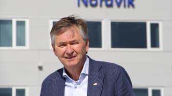 60 års har gitt oss en solid erfaring med håndtering av brukte biler i skiftende tider. Men målet om å skape gode kundeopplevelser og å gi kunden trygghet og kvalitet er det samme som da, sier Thor Allan Nordvik, konsernleder i Nordvik Gruppen.