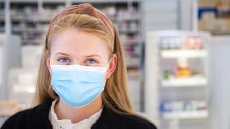 2 av 5 ser feilbruk av munnbind hos andre