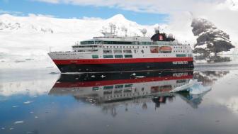 MS Fram har blitt oppgradert i 2020, og delar av dette skjer hos Green Yard Kleven i Ulsteinvik. Foto: Walter Jakobi / Hurtigruten