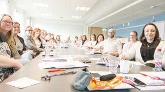 Medarbetare från kommunens demensboende blir under våren utbildade av Silviahemmet för att kunna ge bästa möjliga vård till demenssjuka.