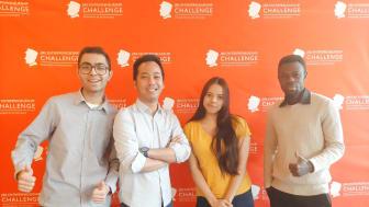 """Vinnarna av JIBS Entrepreneurship Challenge 2021, från vänster: Ishaan Chandok, Eko Wahyu Kuncoro, Devika Dileep och Raphael Lauren Owusu. """"Vi vill ge bort en del av våra prispengar till välgörenhet, i sann social entreprenörskapsanda,"""""""
