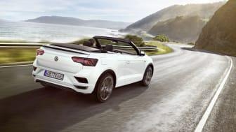 T-Roc Cabriolet kombinerer et kraftfuldt og dynamisk SUV-design med cabrioletbilens open-air-køreoplevelse.