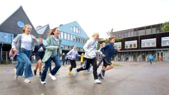 Tildelingen til prosjektet Liv og Røre, i regi av Vestfold og Telemark fylkeskommune, ble markert på Vestsiden skole i Porsgrunn, hvor Liv og røre har vært en del av skolehverdagen til elever og lærere i flere år. (Foto: Kristine Mellefoss)