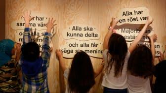 Demokrati pågår Foto: Martin Skoog