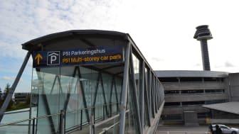 Med Swedavias nya parkeringssystem blir det enkelt att hitta närmast lediga parkeringsplats alldeles intill utrikesterminal T5.