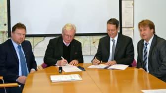Die Unterzeichnung des neuen Konzessionsvertrags zwischen der Stadt und dem Bayernwerk fand im Rathaus statt.
