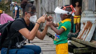In Ecuador leisten die SOS-Kinderdörfer psychologische Hilfe in der Corona-Zeit. Foto: Faham Foorodi, Ecuador 2020 (Foto nur zur Verwendung im Kontext der SOS-Kinderdörfer)