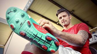 Микрореклама Sony 4K на бутсах звезды мирового футбола