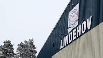 Lindlövens IF har funnits i nuvarande format sedan 1976 och håller till i ishallen i Lindesberg.