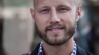 """Pontus Wadström har nyligen disputerat med doktorsavhandlingen """"Corporate stategizing: building the group without busting business"""