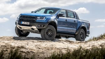 Raptor_Performance_Blue_005
