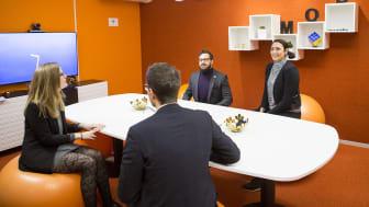ThorenGruppen brinner för jämställdhet och är stolta över en jämn fördelning i bolagsstyrelsen och bland sina anställda. (personerna på bilden har inget med artikeln att göra)