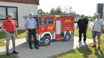 Trafostation wird zu einem Feuerwehrauto - Bayernwerk schafft neuen Blickfang in Hofheim