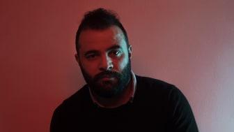 Fristadskonstnären Ahmad Azzam. Foto: Anders Hansson.