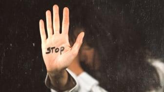 Stoppa våldet mot kvinnor