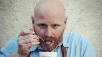 Ola Persson är superbaristan som ska träna kontorsbaristorna inför Coffe Professionals Cup