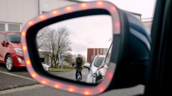 Ford har utvecklat Exit Warning, en teknik som ska hjälpa till att förhindra dörrolyckor med oskyddade trafikanter.