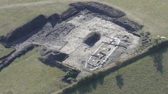 Arkæologiske fund af bl.a. flere store kongehaller har allerede afdækket en tidlig kongemagt i Lejre-området. Ny international DNA-forskning kan måske lægge nye perspektiver til den viden. Foto: ROMU, 2009.