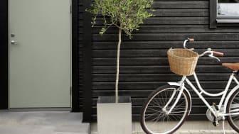 JOTUN 0734 Brunsvart fasade - 7629 Antique Green dør