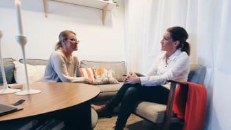 Jenny Axebrink tillsammans med Annika Leckström, familjeverksamheten