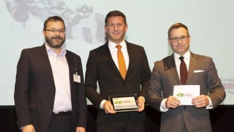 From left to right, Andreas Schumann, general secretary of the delivery service providers' trade association BdKEP; Markus Schell, general partner of BPW; Bert Brandenburg, manager director of the publishing house Huss.