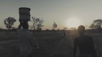 Hand in Hand bekämpar fattigdom i Zimbabwe (short version)