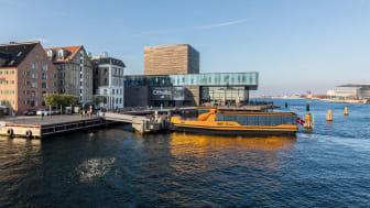 Echandia har konstruerat batterisystemet som driver världens första flotta av eldrivna färjor i Köpenhamn. De går dygnet runt och laddas den stund de ligger till vid ändhållplatserna.