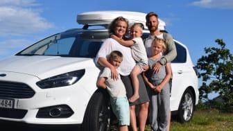 Familieferie: Lager sakte-tv fra en Ford S-MAX gjennom hele Europa