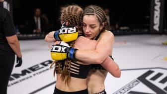 Bild från lördagens livesända MMA-gala på Clarion Hotel Sign.