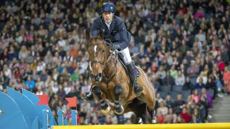 Sweden International Horse Show lockar årligen över 80.000 besökare som vill se toppsport och show i världsklass. På bilden Henrik von Eckermann och Hannah under tävlingarna 2019. Foto: Roland Thunholm.