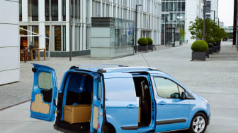 FORD TRANSIT COURIER - 3