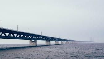 Vi bygger broar