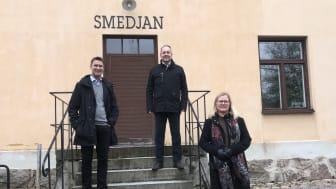 Mats Wiktorsson, innovationsrådgivare SLU Holding, Patrik Meijer, vd Sparbanken Skaraborg och Marie Andreasson, platschef SLU. Foto: Anna-Karin Johnson