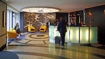 Lobby des Seaside Park Hotels am Willy-Brandt-Platz in Leipzig