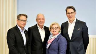 Glasfaser-Partner für Landkreis Leipzig und Nordsachsen: (v.l.) Arno Jesse, Bürgermeister von Brandis, Stephan Drescher, Geschäftsführer envia TEL, Maritha Dittmer, Geschäftsführerin der KBE, Uwe Nickl, CEO Deutsche Glasfaser. (DG)