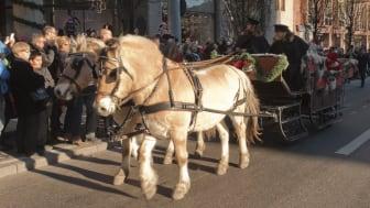 Starta julen på Nordiska Kompaniet tillsammans med Julens Hjälpredor.