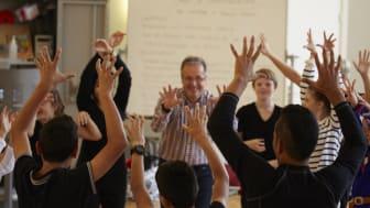 Gustaf Sixten Inga dansar med elever