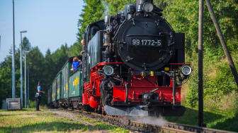 Fichtelbergbahn_Cranzahl_Oberwiesenthal_Familie_Foto TVE_GeorgUlrichDostmann102.jpg