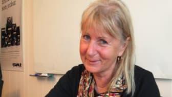 Kia Andreasson, kommunalråd i Göteborg skriver under uppropet Fair Trade beyond 2015